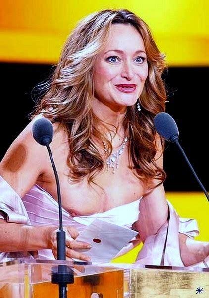 Julie Ferrier  nackt