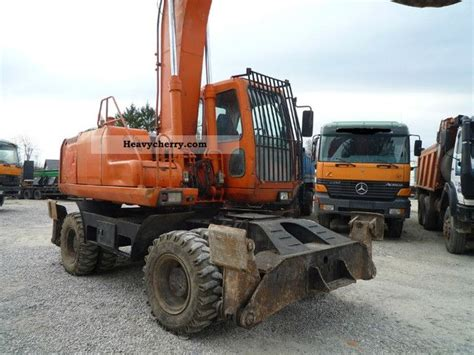 daewoo s 200 w5k 2001 mobile digger construction equipment and specs