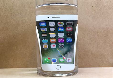 iphone in water the iphone 7 waterproof tests you ve been waiting for bgr