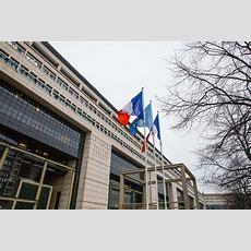 Société Générale Utili In Linea Con Le Attese Taglio Dei Target 2019 Male Investment E