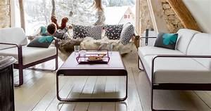 Fermob Salon De Jardin : bellevie armchair with off white cushions garden armchair for outdoor living space ~ Teatrodelosmanantiales.com Idées de Décoration