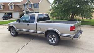 Sell Used 1998 Chevrolet S10 4 3 Liter Engine In Le Claire  Iowa  United States  For Us  5 995 00