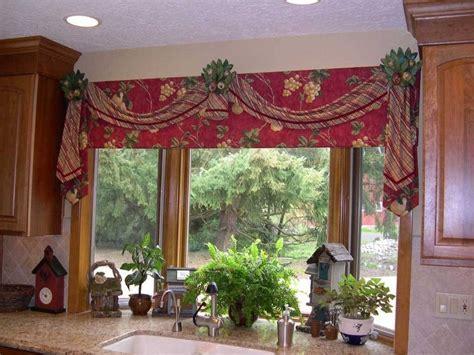 15 Amazing Kitchen Curtains Valances Ideas   Interior