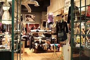 New clothing store Brandy Melville brings Italian style ...