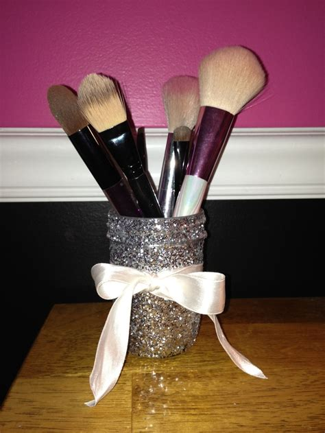 Diy Glittered Mason Jar Makeup Brush Holder Diy