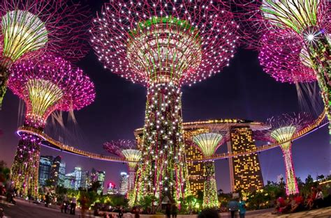 Singapore's Christmas Wonderland At Gardens By The Bay