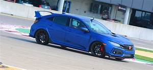 Civic 10 Type R : 2017 honda civic type r new car reviews grassroots motorsports ~ Medecine-chirurgie-esthetiques.com Avis de Voitures