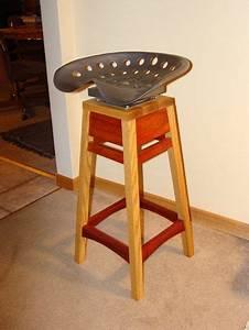 Tabouret Siege Tracteur : tractor seat stool si ges de tracteur pinterest ~ Teatrodelosmanantiales.com Idées de Décoration