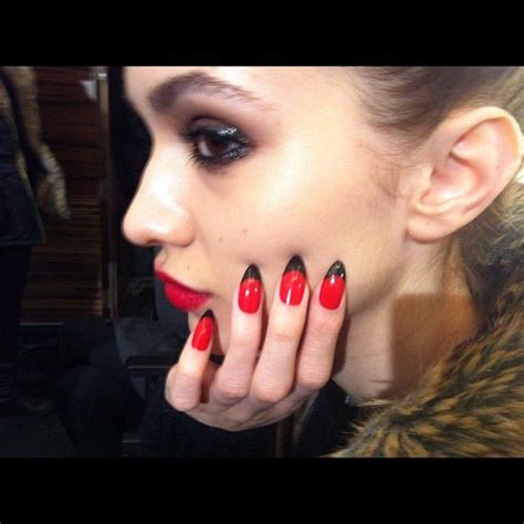 Love This Gothic Twist On A French Mani For Lfw Holly Fulton Red Stiletto Nails Black