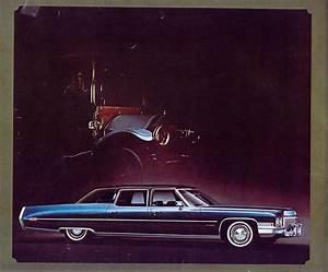 1972 Cadillac Brochure 08jpg