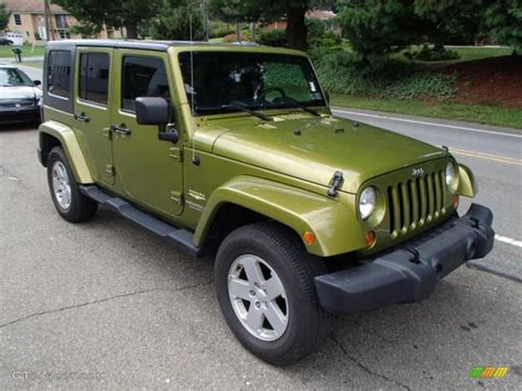 jeep rescue green 2007 rescue green metallic jeep wrangler unlimited sahara