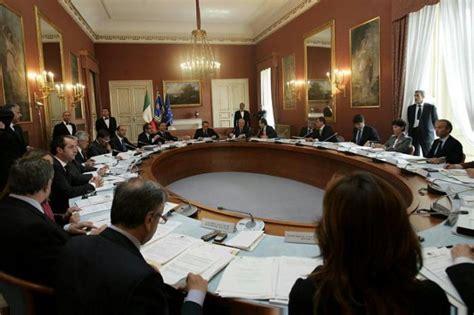 Ultimo Consiglio Dei Ministri by Napoli Le Immagini Consiglio Dei Ministri Galleria