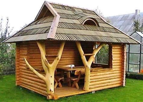 Unique Log Gazebo! · Woodworkerzcom