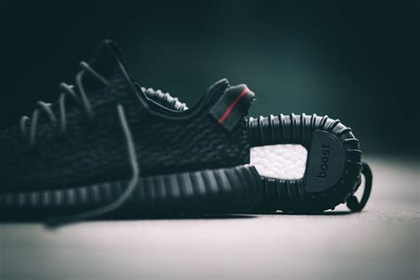 adidas Yeezy Boost 350 Black ? New Pictures