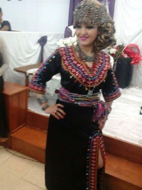 17 best ideas about robe kabyle moderne on les robes kabyles 2016 robe alg 233 rienne