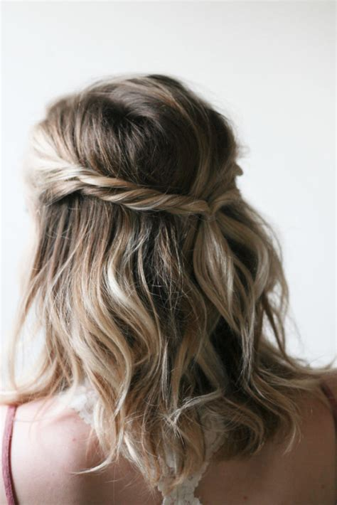 30+ Easy Half Up Hairstyles That'll Only Take Minutes To
