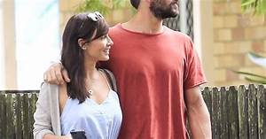 Natalie Imbruglia Cosies Up To Ryan Bienefelt Woman39s Day