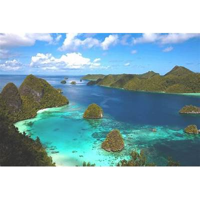 How to Get the area of Raja Ampat?