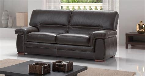 canapé en cuir nettoyer un canapé en cuir blanc univers canapé