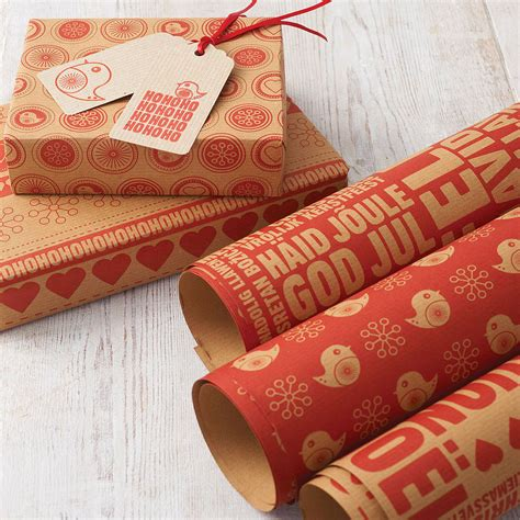 christmas wrapping paper set by allihopa