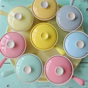 Geschirr Set Pastell : pin von claudia rodler auf colours differently pastell geschirr und k che ~ Eleganceandgraceweddings.com Haus und Dekorationen