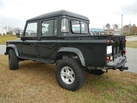 land rover pickup truck defender 110 land rover defender pickup trucks pinterest