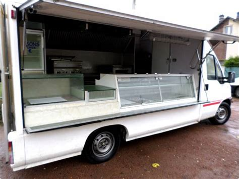 camion cuisine mobile utilitaires fourgons camionettes occasion 4roo com