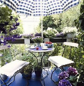Was Blüht Im Schatten : das beste f r den balkon im schatten planungswelten ~ Markanthonyermac.com Haus und Dekorationen