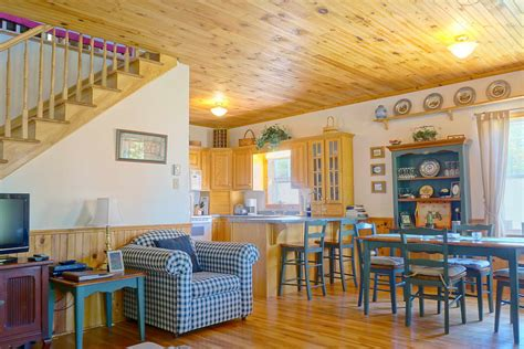cottage kitchen island 28 images 1220 panmure island road panmure island 28 guest cottage