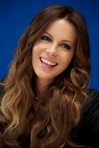 KATE BECKINSALE at Total Recall Photocall in Cancun ...