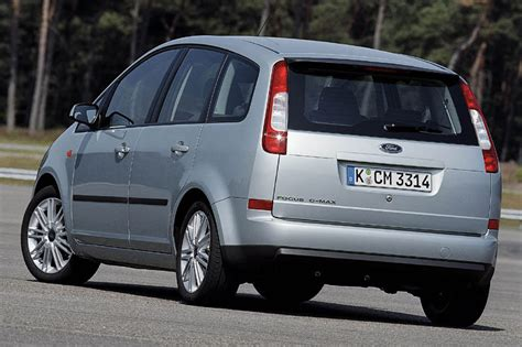ford focus  max  pictures    cars datacom