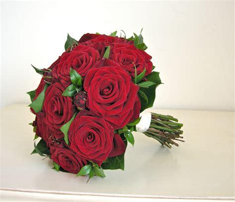 wedding flowers blog hannahs wedding flowers red roses