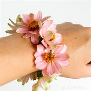 how to make a wrist corsage grow creative fresh flower wrist corsage