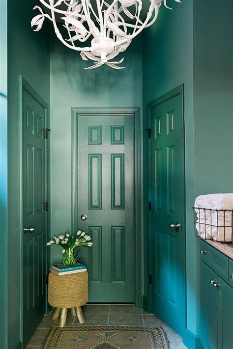 bold bathroom makeover  behr paint waiting  martha