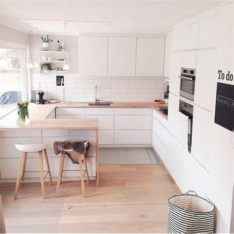 cuisine avec sol parquet comment agrandir sa maison quelques astuces en photos et vidéos archzine fr
