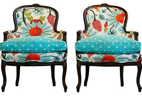 Best 25+ Polka Dot Chair Ideas On Pinterest
