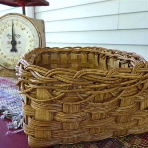 Braided Rim Bread Basket   Joanna's Collections   Country