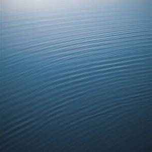 iOS 6: Get the New iOS 6 Default Wallpaper Now: Rippled ...