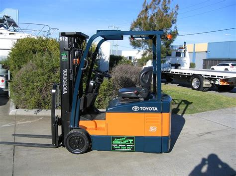 toyota fbe batteryelectric forklift container