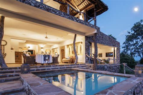 bailey s banda at beho beho selous tanzania villas