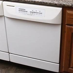 Kitchenaid  U0026quot Whisper Quiet Ultima Superba U0026quot  Dishwasher   Ebth