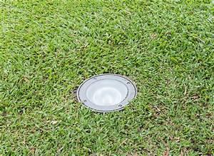 Spot Enterre Exterieur : luminaire exterieur types ooreka ~ Edinachiropracticcenter.com Idées de Décoration