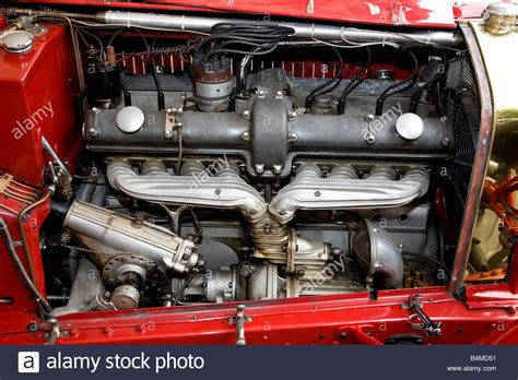 Alfa Romeo 8c Engine Auto Bild Idee