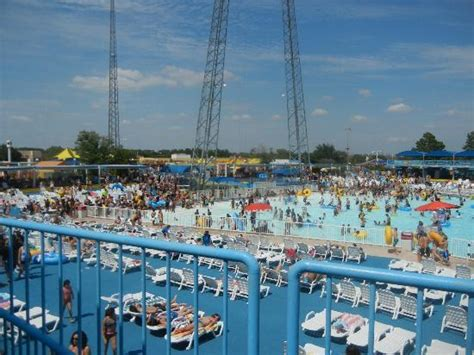 hurricane harbor arlington texas round river rented tubes picture of six flags