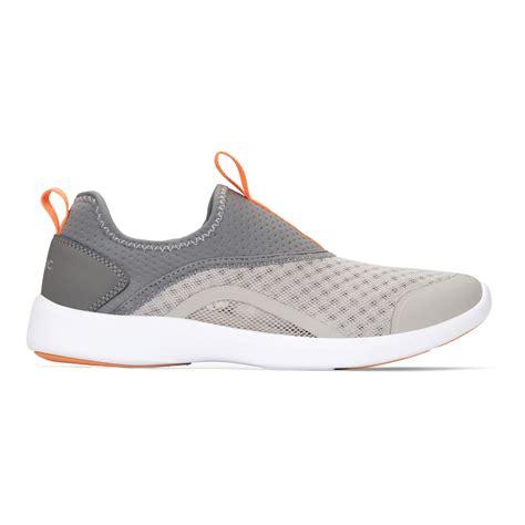 vionic yvonne womens slip  casual shoe  shipping