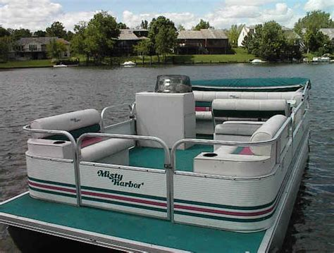 Craigslist Pontoon Boats For Sale By Owner by Used 16 Foot Boat With 9 9 Motor 171 All Boats