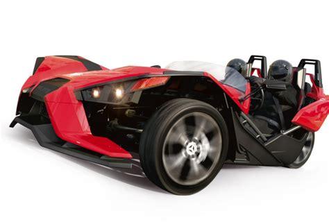 voiture avec 3 sieges arriere présentation du scooter 3 roues moto 3 roues polaris