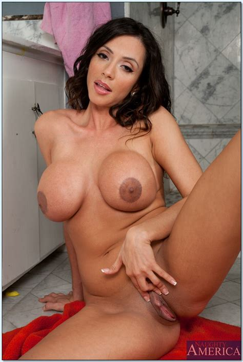 Latina Milf Ariella Ferrera Roughly Squeezes Big Tits And Shaved Pussy