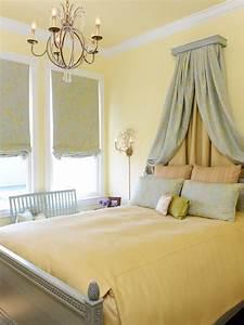 Žlutá ložnice