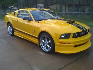 2006 Ford Mustang - Pictures - CarGurus (With images)   2006 ford mustang, Ford mustang, Mustang